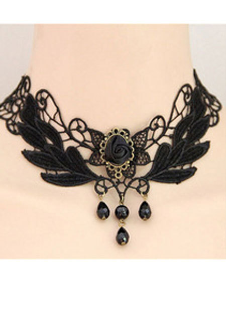 Leaf Lace Necklace